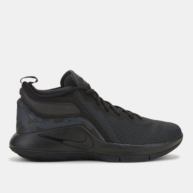 حذاء كرة السلة ليبرون ويتنس 2 من نايك
