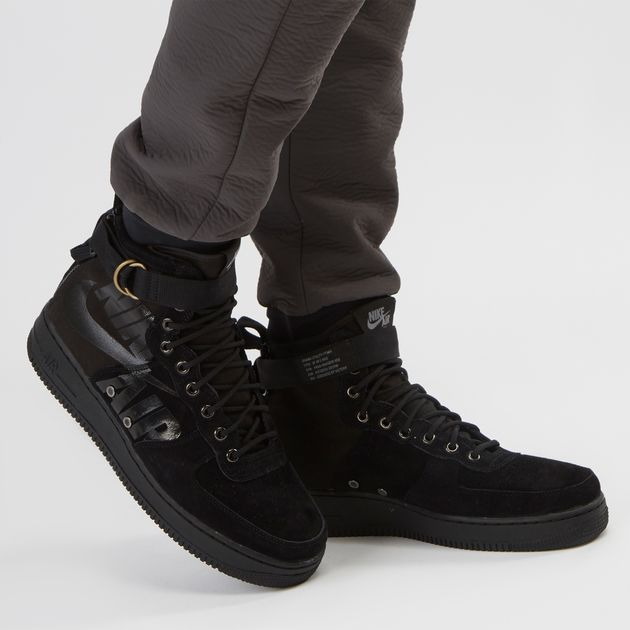 big sale 646d5 79998 Nike Special Field Air Force 1 Mid Boot | Sneakers | Shoes ...