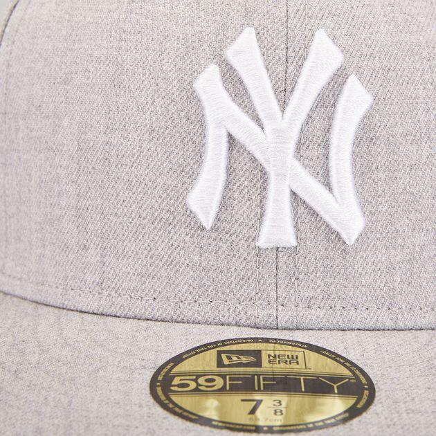 New Era MLB League Basic New York Yankees 59FIFTY Cap  8ac3fdcb4537
